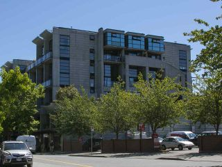 """Photo 19: 305 428 W 8TH Avenue in Vancouver: Mount Pleasant VW Condo for sale in """"XL LOFTS"""" (Vancouver West)  : MLS®# R2184000"""