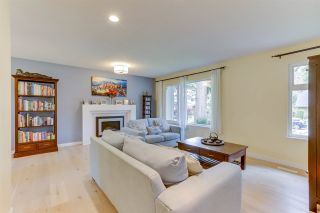 """Photo 6: 14907 SOUTHMERE Place in Surrey: Sunnyside Park Surrey House for sale in """"SOUTHMERE"""" (South Surrey White Rock)  : MLS®# R2468824"""