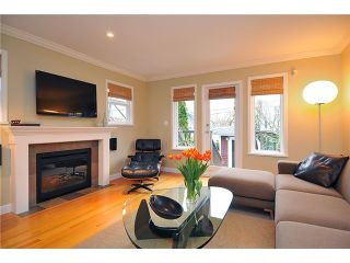 """Photo 5: 1865 E 7TH Avenue in Vancouver: Grandview VE 1/2 Duplex for sale in """"""""THE DRIVE"""""""" (Vancouver East)  : MLS®# V863836"""