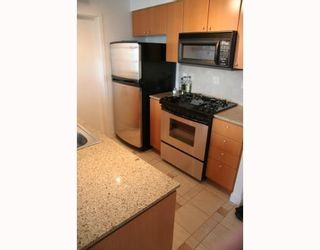 """Photo 3: 2807 1495 RICHARDS Street in Vancouver: False Creek North Condo for sale in """"Azura 2"""" (Vancouver West)  : MLS®# V787290"""