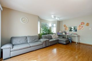 """Photo 8: 1 10980 NO 2 Road in Richmond: Woodwards Townhouse for sale in """"Barclay Court"""" : MLS®# R2613168"""