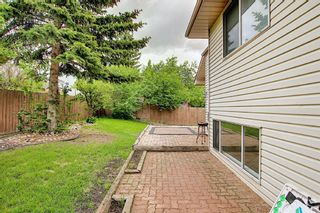 Photo 10: 107 Riverstone Close SE in Calgary: Riverbend Detached for sale : MLS®# A1135037