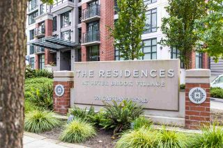 """Photo 3: 1805 301 CAPILANO Road in Port Moody: Port Moody Centre Condo for sale in """"SUTER BROOK - THE RESIDENCES"""" : MLS®# R2506104"""
