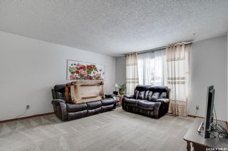 Photo 3: 1935 St Charles Avenue in Saskatoon: Exhibition Residential for sale : MLS®# SK838207