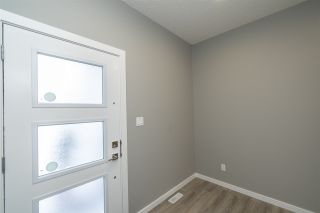 Photo 2: 7322 CHIVERS Crescent in Edmonton: Zone 55 House for sale : MLS®# E4222517