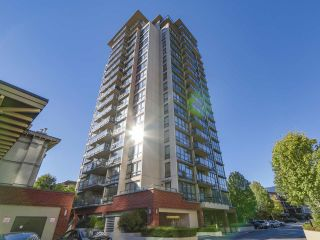 """Photo 1: 306 2959 GLEN Drive in Coquitlam: North Coquitlam Condo for sale in """"THE PARC"""" : MLS®# R2111065"""