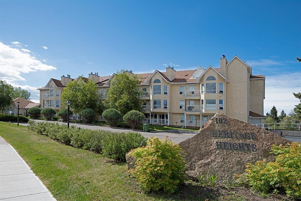 Main Photo: 302 102 Centre Court: Okotoks Apartment for sale : MLS®# A1117894
