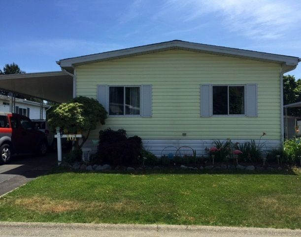 """Main Photo: 161 145 KING EDWARD Street in Coquitlam: Maillardville Manufactured Home for sale in """"MILL CREEK VILLAGE"""" : MLS®# R2032778"""