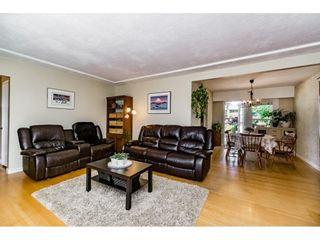 Photo 5: 661 FAIRVIEW Street in Coquitlam: Coquitlam West House for sale : MLS®# R2112495
