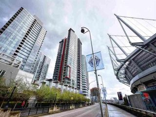 """Photo 2: 806 668 CITADEL Parade in Vancouver: Downtown VW Condo for sale in """"Spectrum 2"""" (Vancouver West)  : MLS®# R2604617"""