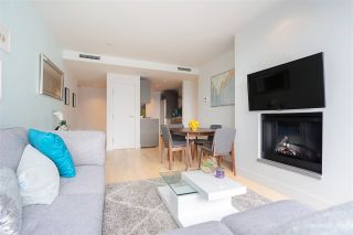 """Photo 7: 2606 1111 ALBERNI Street in Vancouver: West End VW Condo for sale in """"Shangri-La Vancouver"""" (Vancouver West)  : MLS®# R2478466"""
