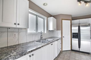 Photo 5: 379 Coventry Road NE in Calgary: Coventry Hills Detached for sale : MLS®# A1139977