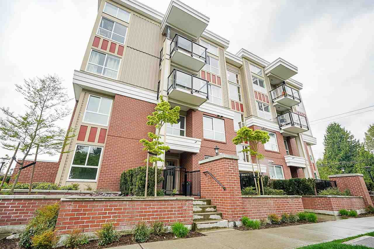"""Main Photo: 102 10688 140 Street in Surrey: Whalley Townhouse for sale in """"TRILLIUM LIVING"""" (North Surrey)  : MLS®# R2574722"""