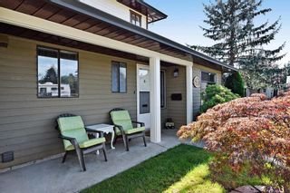 """Photo 3: 2387 WAKEFIELD Drive in Langley: Willoughby Heights House for sale in """"Langley Meadows"""" : MLS®# R2108888"""