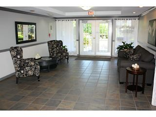 Photo 3: 202 33375 MAYFAIR Avenue in Abbotsford: Central Abbotsford Condo for sale : MLS®# F1415288