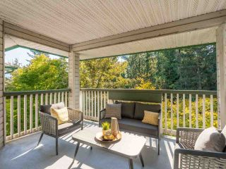 """Photo 33: 305 1150 LYNN VALLEY Road in North Vancouver: Lynn Valley Condo for sale in """"The Laurels"""" : MLS®# R2496029"""
