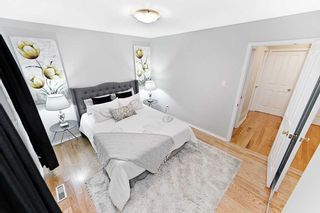 Photo 8: 39 Michael Boulevard in Whitby: Lynde Creek House (Bungalow) for sale : MLS®# E4846116