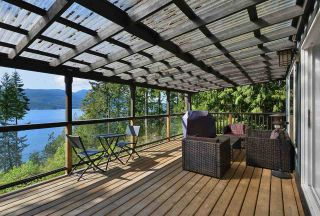 Photo 4: 5821 TILLICUM BAY ROAD in Sechelt: Sechelt District House for sale (Sunshine Coast)  : MLS®# R2577083
