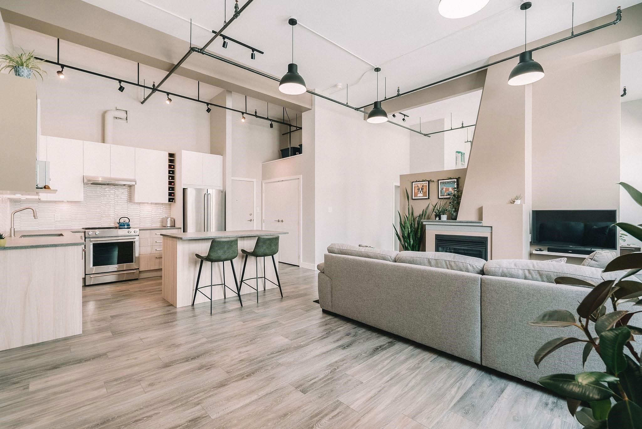 """Main Photo: 415 549 COLUMBIA Street in New Westminster: Downtown NW Condo for sale in """"C2C Lofts"""" : MLS®# R2614838"""