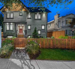 "Photo 1: 1190 E 15TH Avenue in Vancouver: Mount Pleasant VE 1/2 Duplex for sale in ""MT PLEASANT"" (Vancouver East)  : MLS®# R2415459"