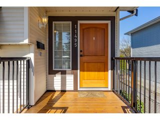 Photo 1: 11495 DARTFORD Street in Maple Ridge: Southwest Maple Ridge House for sale : MLS®# R2391174