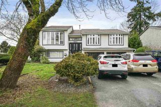 Photo 1: 5853 184A Street in Surrey: Cloverdale BC House for sale (Cloverdale)  : MLS®# R2541624