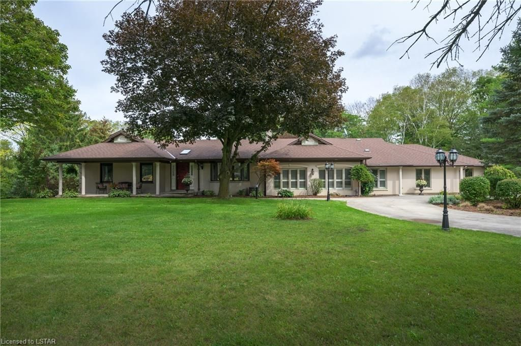 Main Photo: 2648 WOODHULL Road in London: South K Residential for sale (South)  : MLS®# 40166077
