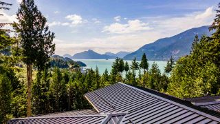 "Photo 22: 1024 GOAT RIDGE Drive: Britannia Beach House for sale in ""Britannia Beach"" (Squamish)  : MLS®# R2528236"