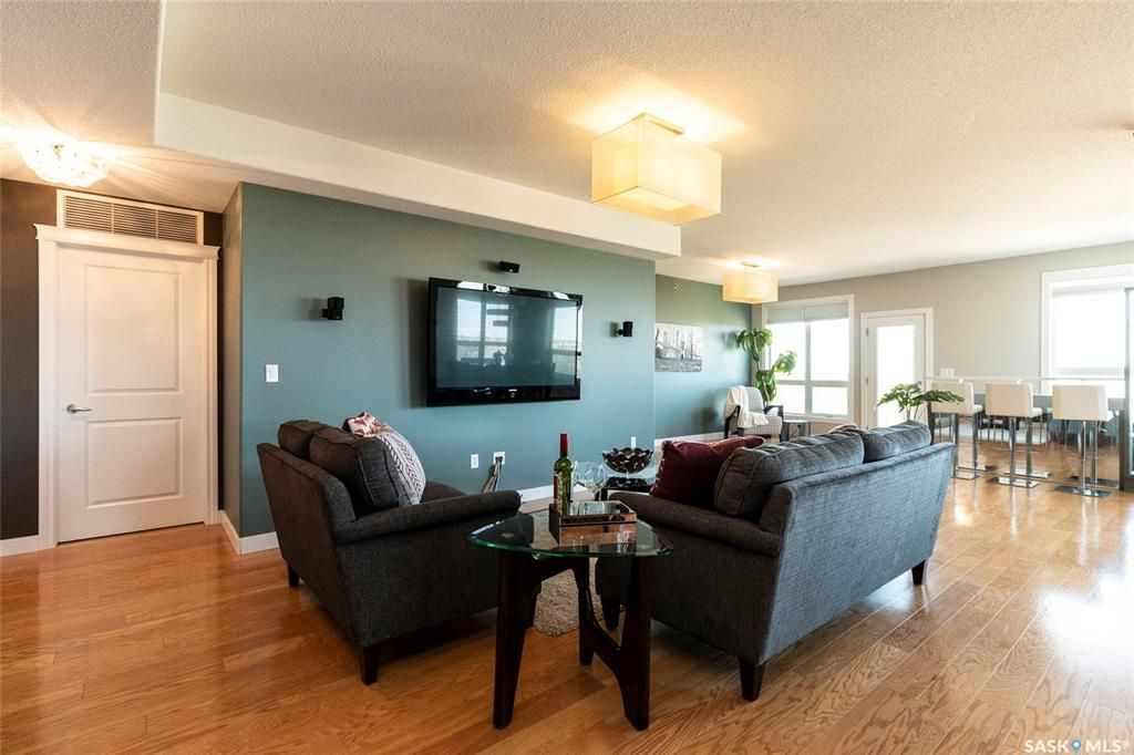 Main Photo: 403 401 Cartwright Street in Saskatoon: The Willows Residential for sale : MLS®# SK840032