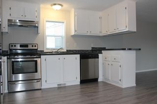 Photo 4: 75 9090 24 Street SE in Calgary: Riverbend Mobile for sale : MLS®# A1049275