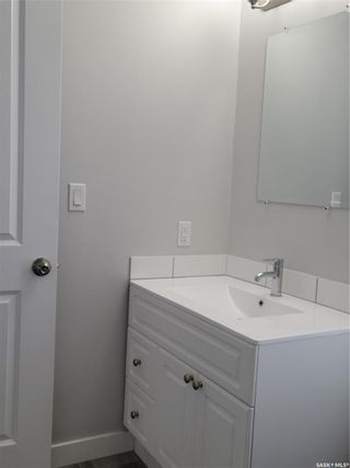 Photo 6: 720 32nd Street West in Saskatoon: Caswell Hill Residential for sale : MLS®# SK871688