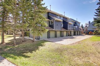 Main Photo: 279 86 Glamis Green SW in Calgary: Glamorgan Row/Townhouse for sale : MLS®# A1102449