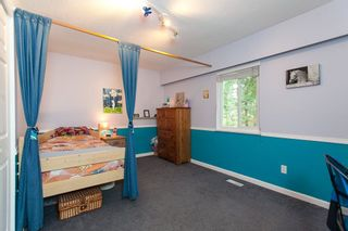 """Photo 9: 24750 54 Avenue in Langley: Salmon River House for sale in """"Otter"""" : MLS®# R2252430"""