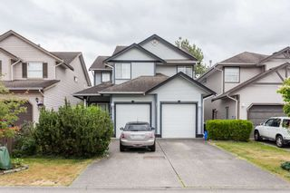 Photo 1: 6146 195 Street in Surrey: Cloverdale BC House for sale (Cloverdale)  : MLS®# R2277304