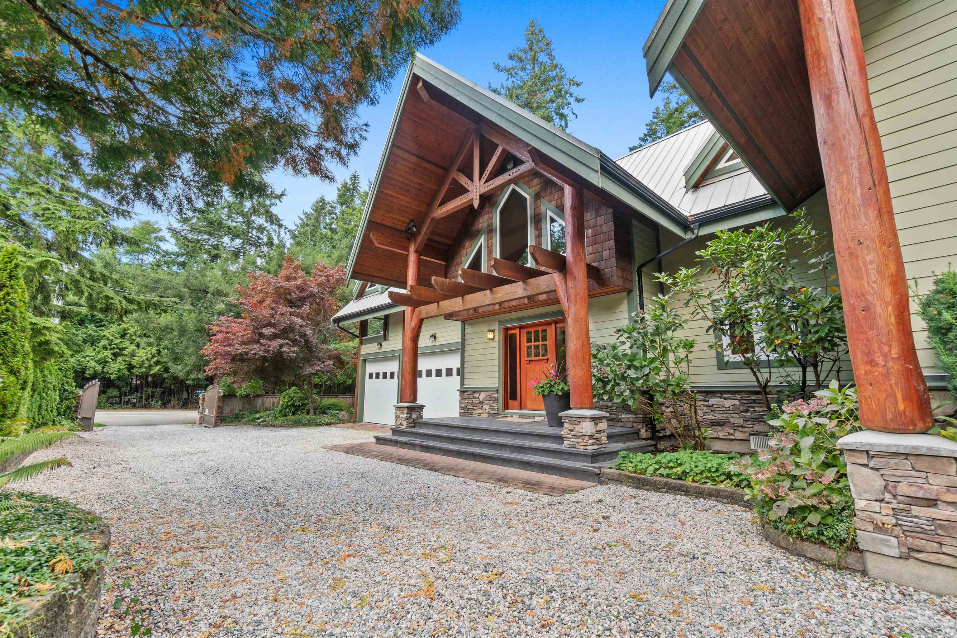 Main Photo: 2516 140 Street in Surrey: Elgin Chantrell House for sale (South Surrey White Rock)  : MLS®# R2624014