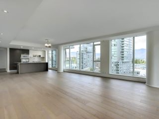 """Photo 3: 1002 1499 W PENDER Street in Vancouver: Coal Harbour Condo for sale in """"WEST PENDER PLACE"""" (Vancouver West)  : MLS®# R2583305"""