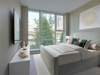 """Photo 14: 305 550 PACIFIC Street in Vancouver: Yaletown Condo for sale in """"AQUA AT THE PARK"""" (Vancouver West)  : MLS®# R2580655"""