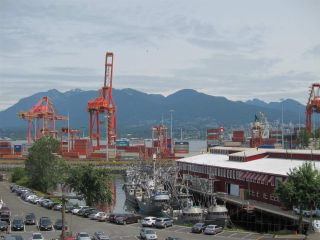 """Photo 15: 428 289 ALEXANDER Street in Vancouver: Hastings Condo for sale in """"THE EDGE"""" (Vancouver East)  : MLS®# R2079369"""