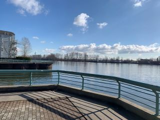 """Photo 13: 408 1990 E KENT AVENUE SOUTH in Vancouver: South Marine Condo for sale in """"HARBOUR HOUSE AT TUGBOAT LANDING"""" (Vancouver East)  : MLS®# R2539261"""