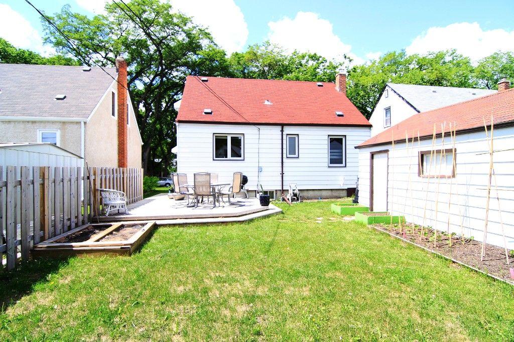 Photo 36: Photos: 1193 Ashburn Street in Winnipeg: West End / Wolseley Single Family Detached for sale (West Winnipeg)  : MLS®# 1313042