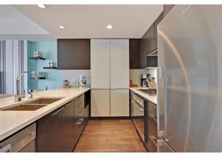 Photo 4: 805 1111 10 Street SW in Calgary: Beltline Apartment for sale : MLS®# A1141080