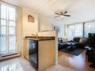"""Photo 12: 109 950 DRAKE Street in Vancouver: Downtown VW Condo for sale in """"ANCHOR POINT"""" (Vancouver West)  : MLS®# R2401708"""