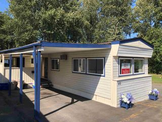 Photo 4: 40 8266 KING GEORGE Boulevard in Surrey: Bear Creek Green Timbers Manufactured Home for sale : MLS®# R2605811