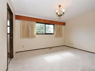 Photo 12: 1863 Penshurst Rd in VICTORIA: SE Gordon Head House for sale (Saanich East)  : MLS®# 743089
