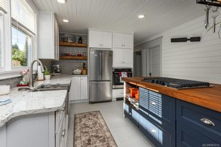 Photo 15: 2750 Penrith Ave in : CV Cumberland House for sale (Comox Valley)  : MLS®# 883512