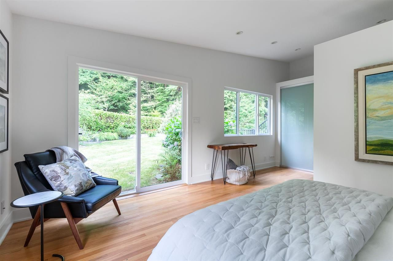 Photo 12: Photos: 315 MULGRAVE Place in West Vancouver: British Properties House for sale : MLS®# R2483368
