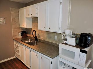 Photo 3: 401 529 X Avenue South in Saskatoon: Meadowgreen Residential for sale : MLS®# SK846376