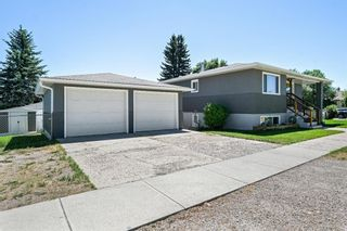 Photo 4: 580 Northmount Drive NW in Calgary: Cambrian Heights Detached for sale : MLS®# A1126069