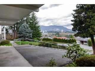 Photo 2: 966 RANCH PARK WY in Coquitlam: Ranch Park House for sale : MLS®# V1058710