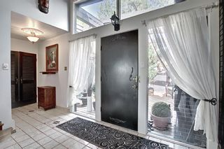 Photo 4: 20 Southampton Drive SW in Calgary: Southwood Detached for sale : MLS®# A1116477